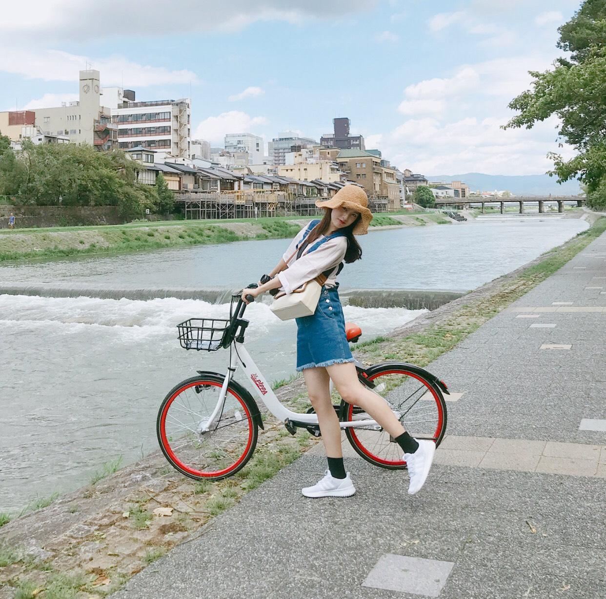 phong cach chụp ảnh cùng xe đạp