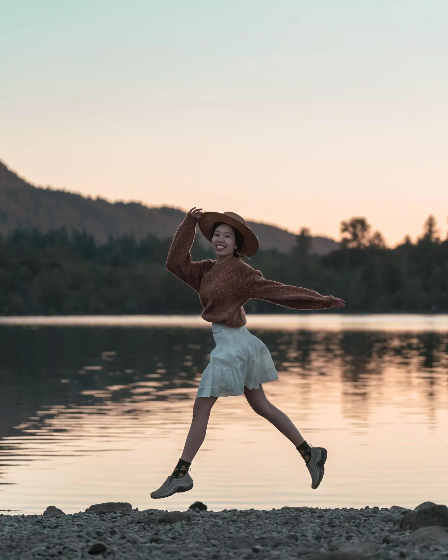 Nhảy lên làm cho bức ảnh của bạn trông thật năng động