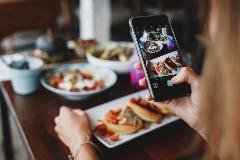 Pixlr sẽ giúp bạn có được những bức ảnh chụp đồ ăn vặt nghệ thuật